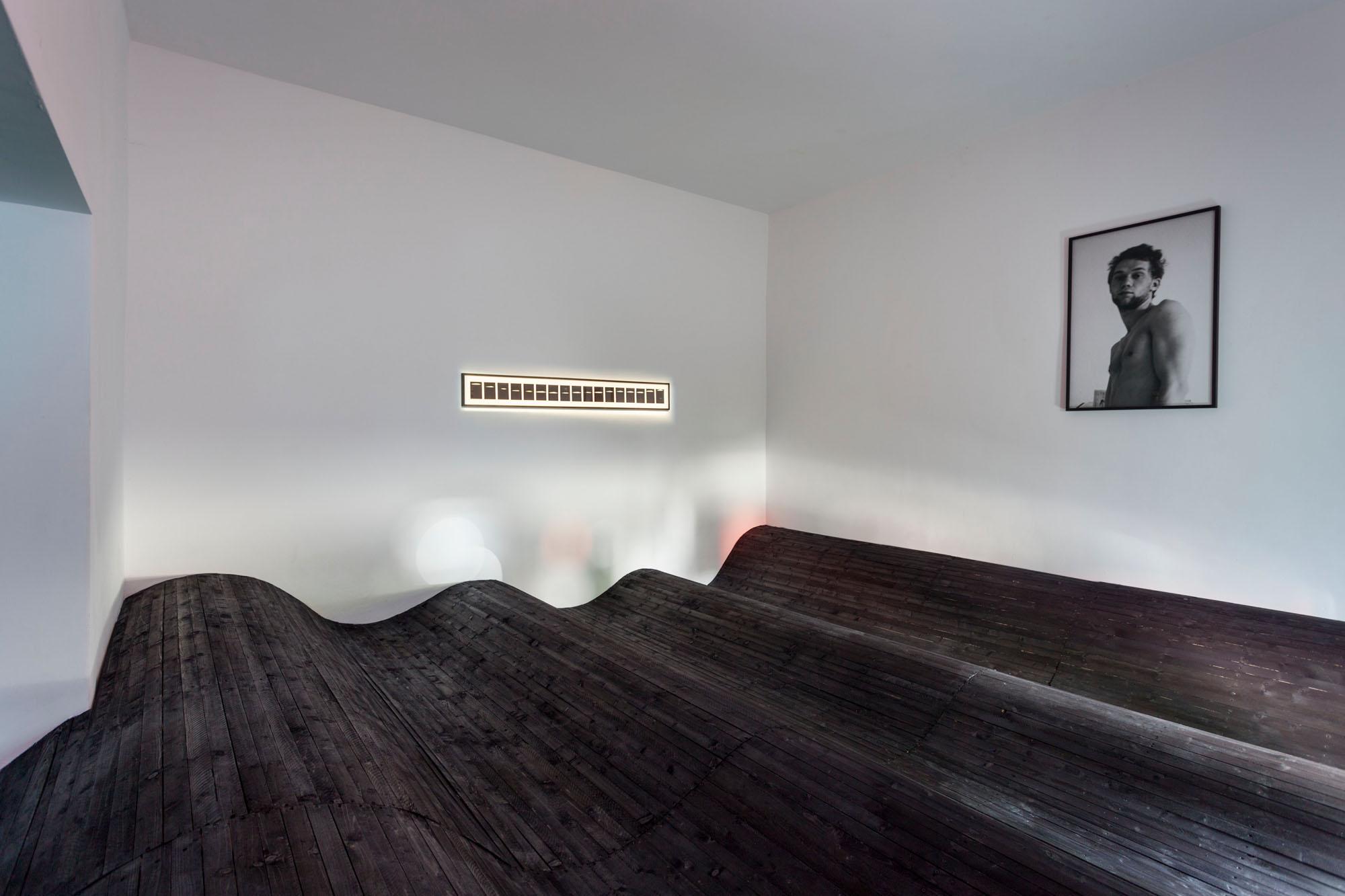 NACHTMEERFAHRTEN, exhibition view