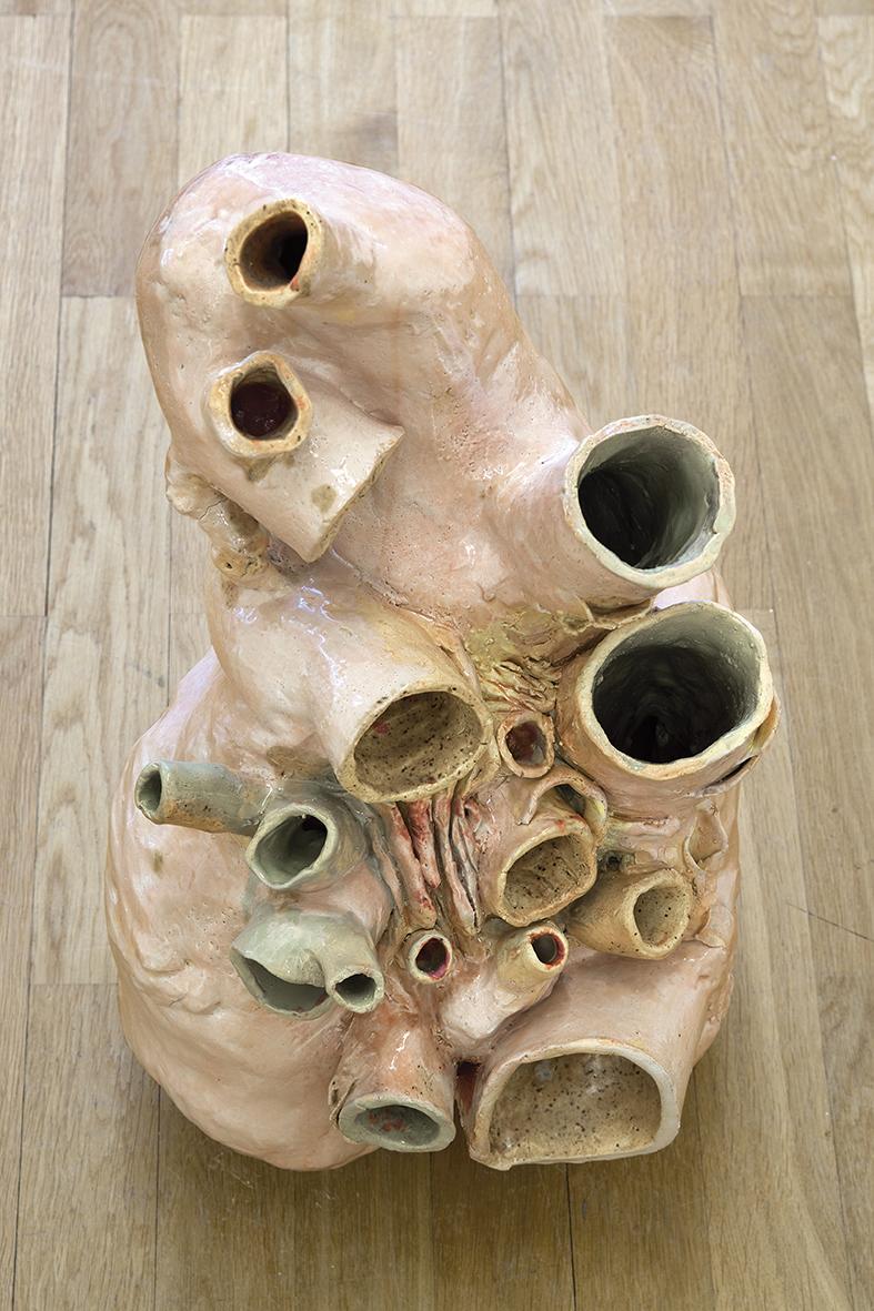 Isa Melsheimer Walherz (Squish), 2018 Glasierte Keramik, 60 x 37 x 28 cm 15.470 € Unique