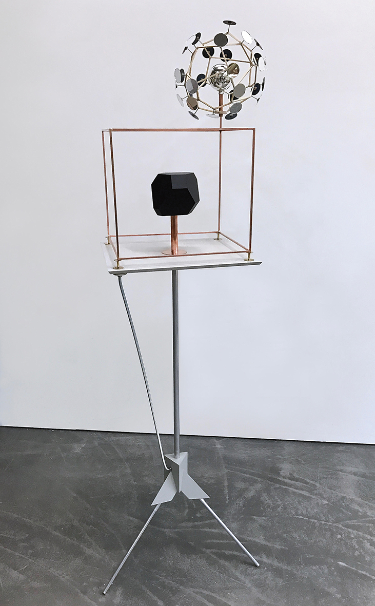 Vakuum mit Reflektor (Nasa Melancholia), 2017 Holz, Kupfer, Messing, Aluminium, Spiegel,  Christbaumkugel, Lack, 160 x 45 x 40 cm 26.180 € Unique